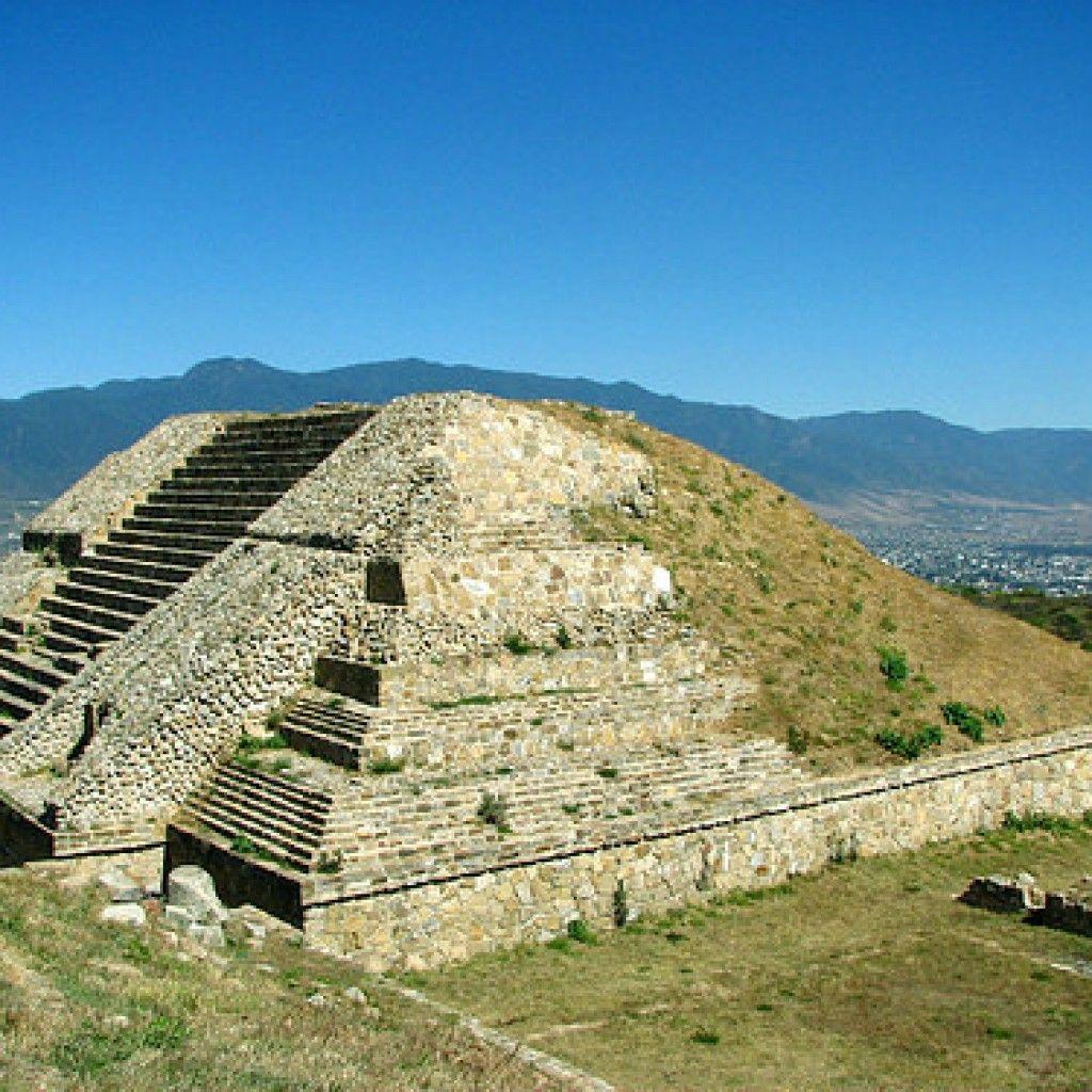 monte alban viajar por mexico