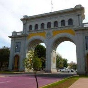 Arcos de guadalajara viajar por mexico