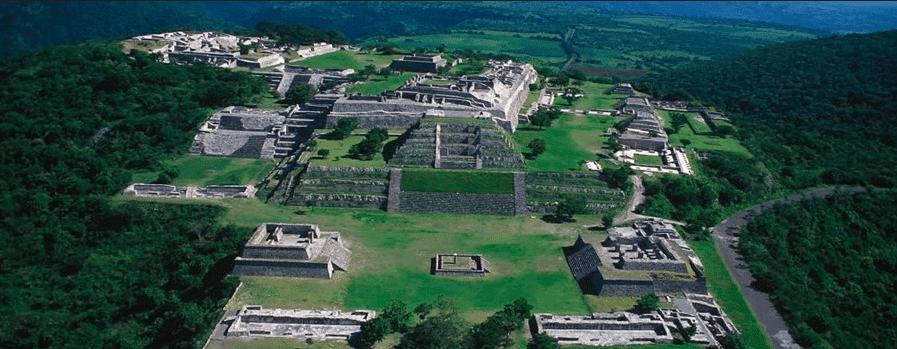 zona arqueologica Xochicalco viajarpormexico