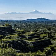 Zona Arqueológica Cantona viajar por mexico